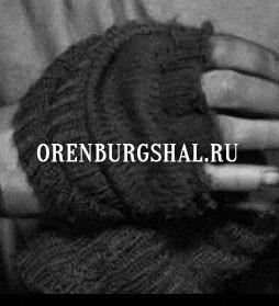 вязаная перчатка