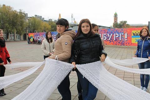 оренбургские пуховые платки фото