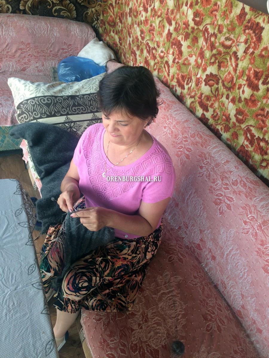 вязальщица мастерица оренбургский пуховый платок