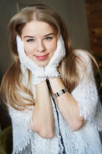 белый платок из пуха