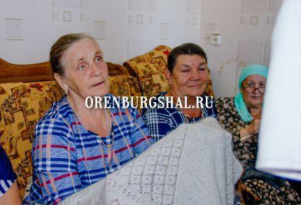 мастерицы оренбургского пуховязания