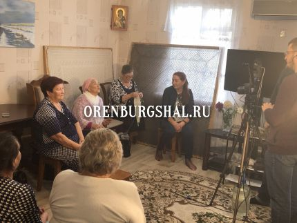 оренбургский платок мастерицы