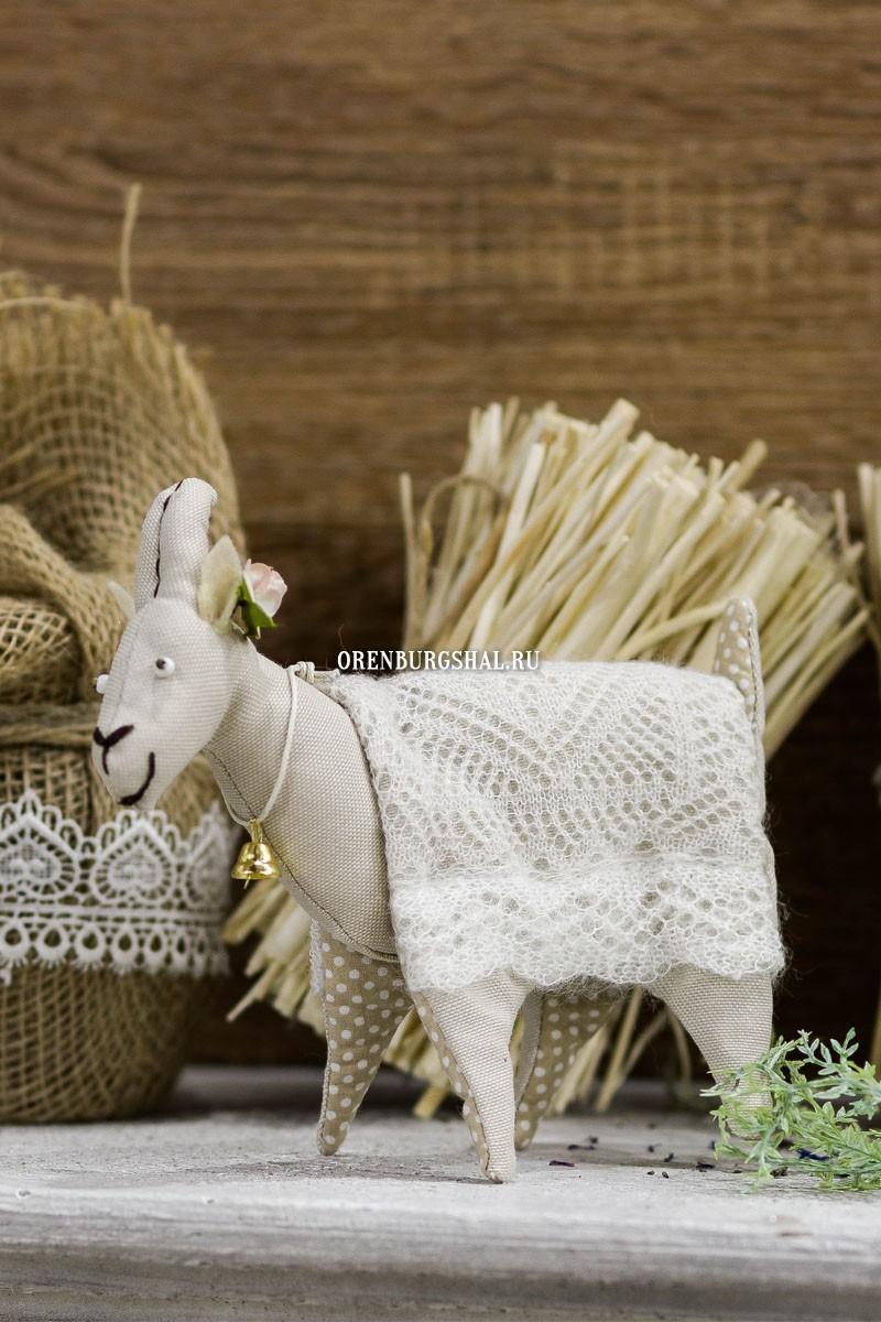 Коза с колокольчиком