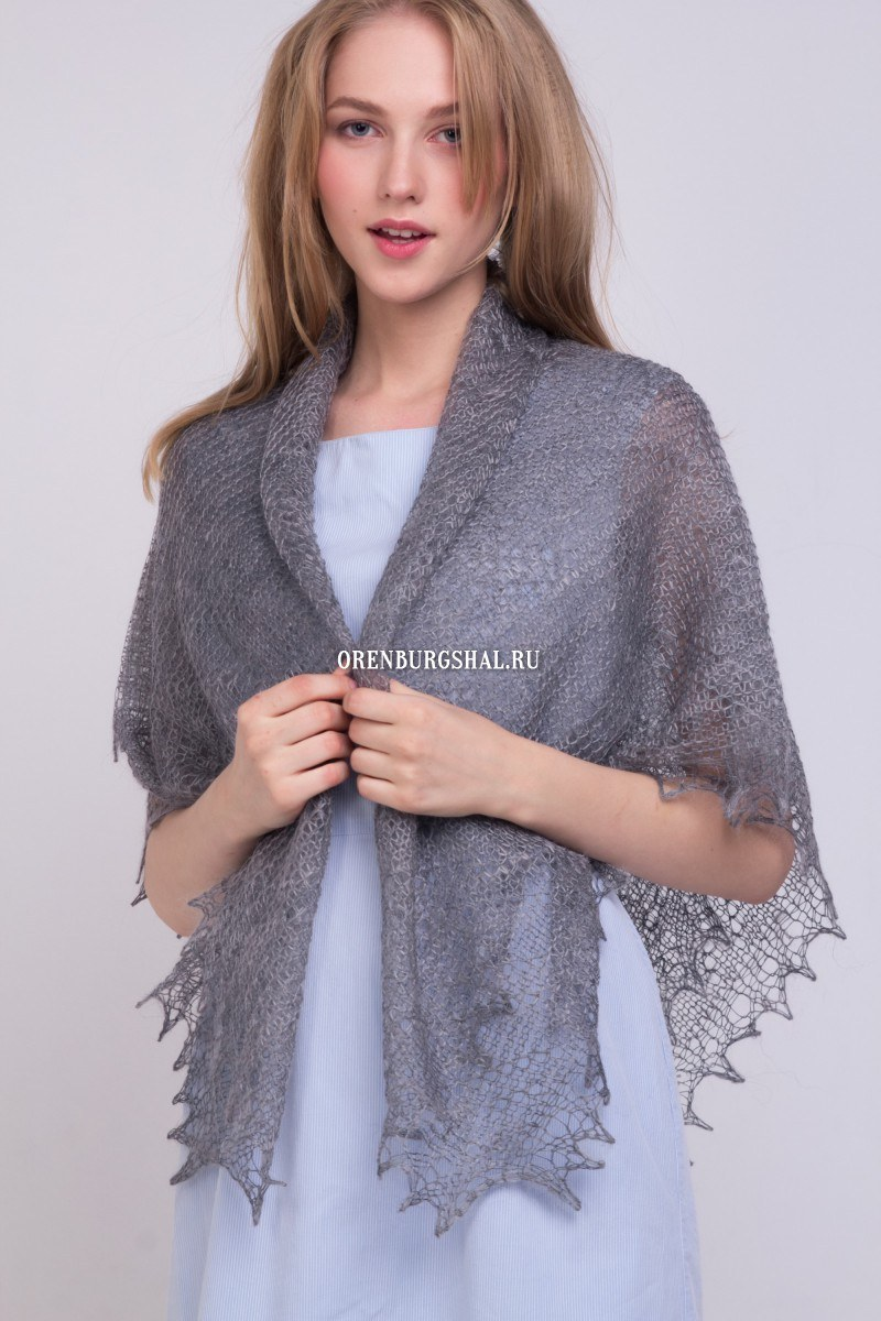 "Lacy shawl ""Light-gray down"""