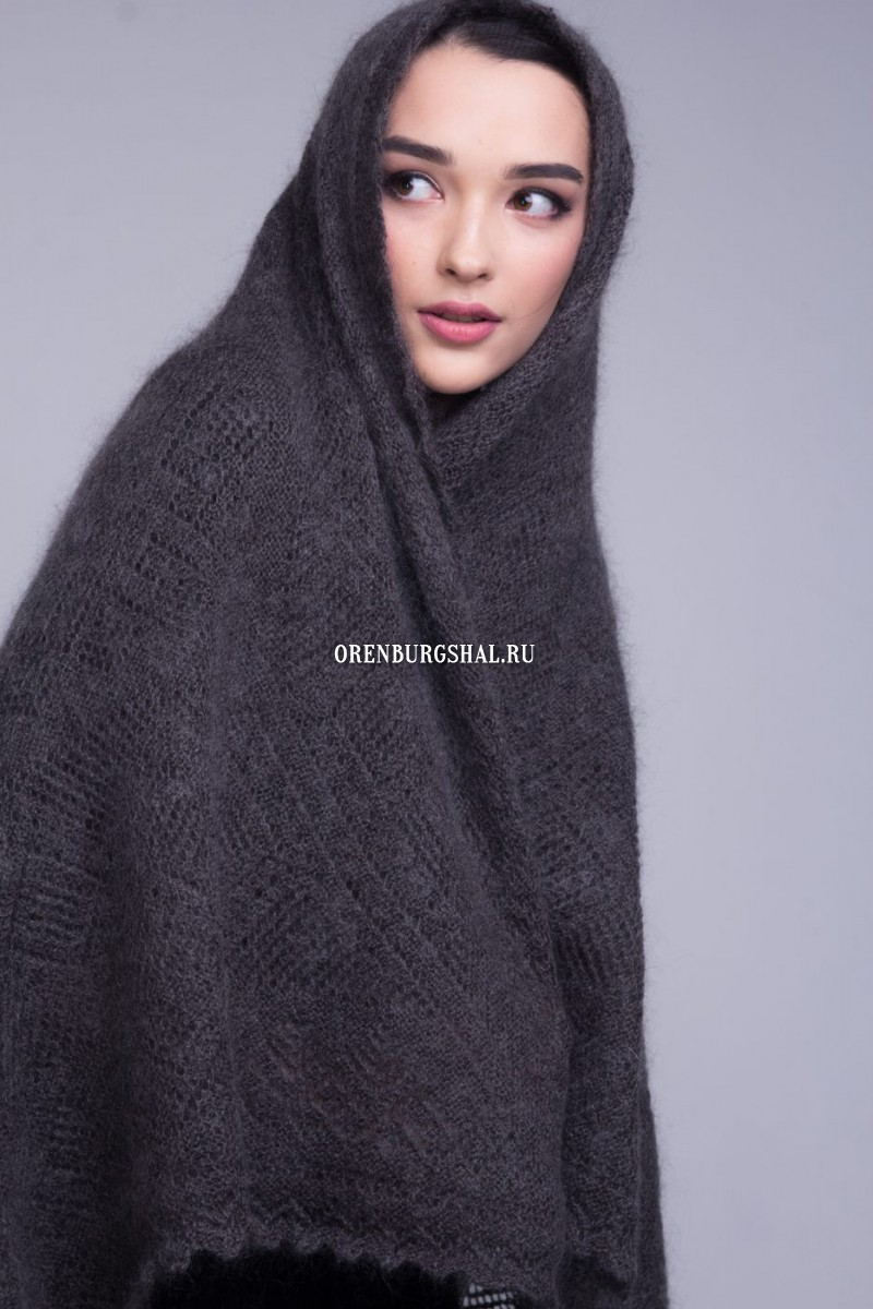 "Downy shawl ""Irresistible"""